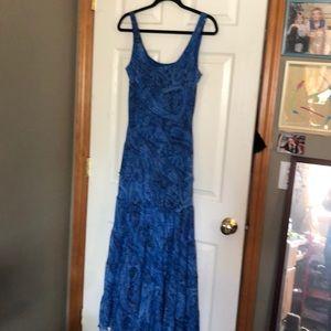 Size 12 Paisley print ruffle tiered bottom dress.